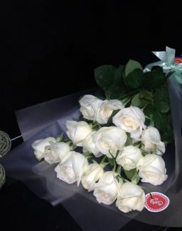 Bouquet of 15 white Dutch roses | Delivery and order flowers in Karaganda